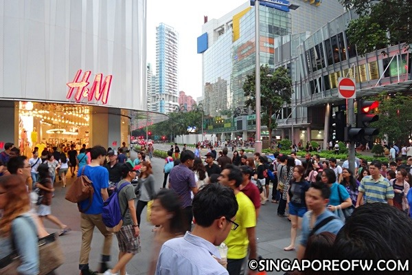 singapore busy street