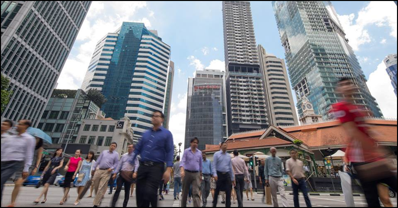 Gov't to Reduce Number of Foreign Workers in Services Sector to 35% by 2021